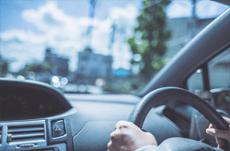 あおり運転を受けたときの正しい対処方とは?