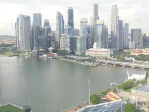 アジアで最も豊かな国の第一歩はマレーからの絶縁通告
