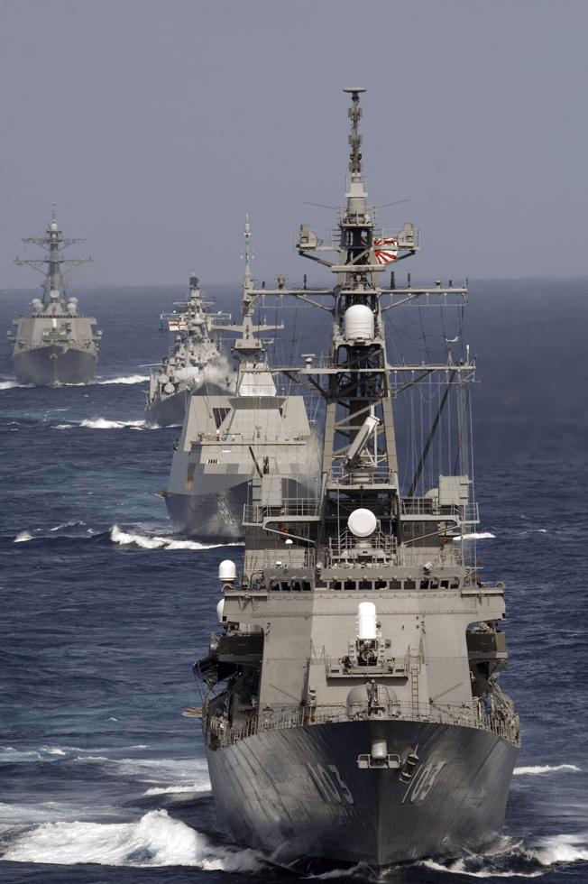 尖閣諸島問題で海上自衛隊が取っている対応とは?